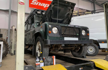 Land Rover Defender 110 Rear Shock Replacement